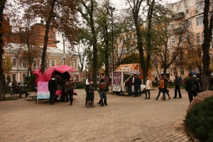 Scenes of Kyiv at the Golden Gate